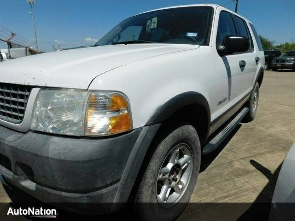 2004 Ford Explorer XLS SKU:4ZA49009 Ford Explorer XLS SUV