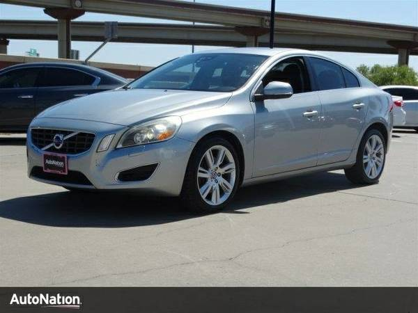 2011 Volvo S60 w/Moonroof SKU:B2015950 Volvo S60 w/Moonroof Sedan