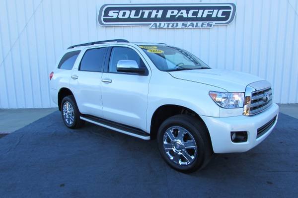 2010 Toyota Sequoia Platinum - 3rd Row - Leather - 68K - WE FINANCE!
