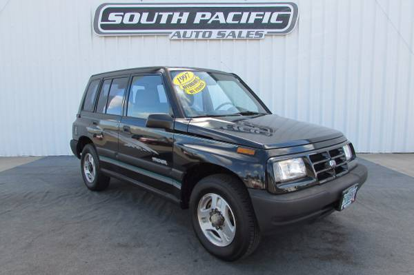 1997 Geo Tracker - 4x4 - Low Miles - WE FINANCE!
