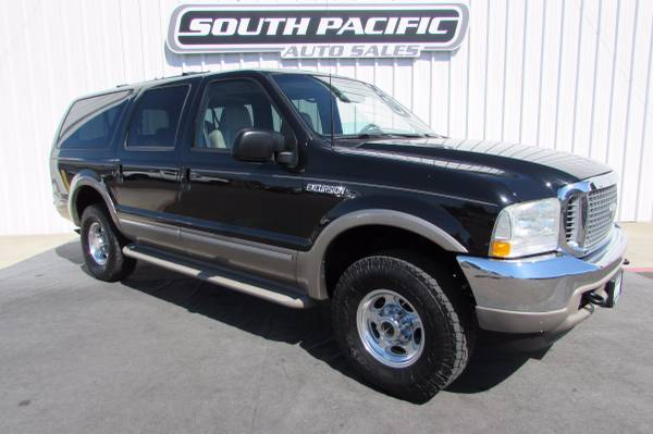 2002 Ford Excursion Limited - Leather - 8 passenger - 4x4 - WE FINANCE