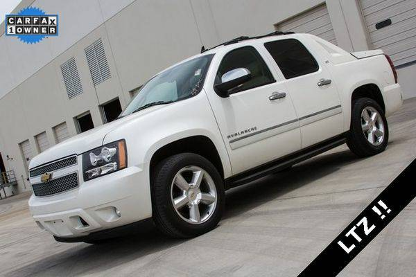 2012 *Chevrolet* *Avalanche* *1500* LTZ