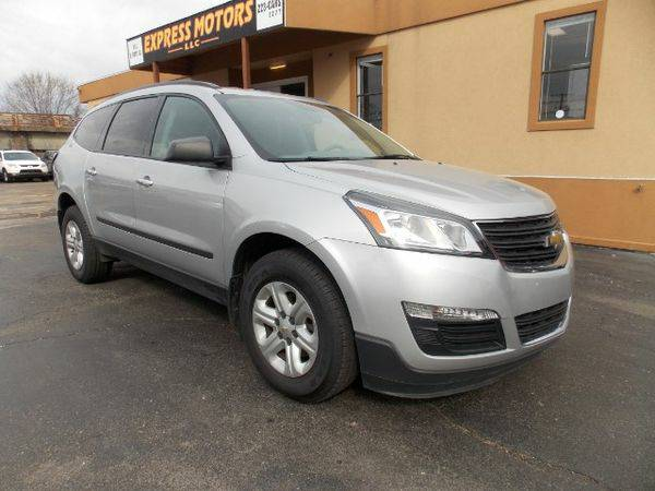 2014 *Chevrolet* *Traverse* LS FWD w/PDC - GET APPROVED TODAY!