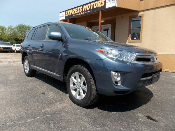 2013 *Toyota* *Highlander* *Hybrid* 4WD - GET APPROVED TODAY!