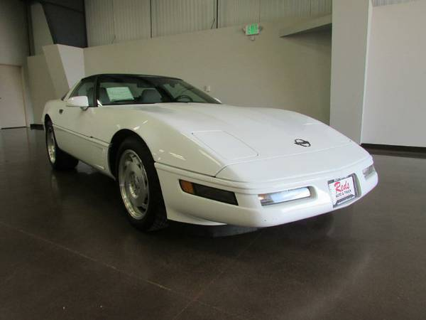 CARFAX CERTIFITED 1996 CHEVY CORVETTE COUPE BOTH TOPS ONLY37,475 MILES