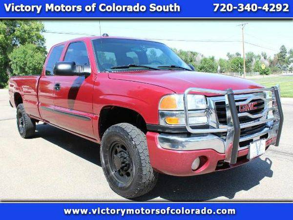 2004 *GMC* *Sierra* *2500HD* SLE Ext. Cab Long Bed 4WD - Over 300...
