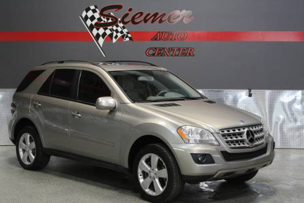 2009 Mercedes-Benz ML350*LET US HELP YOU OWN THIS LUXURY SUV TODAY!*