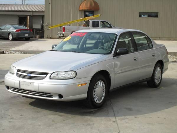 2004 Chevrolet Malibu 2.2 Liter gas sipper 4 Cylinder