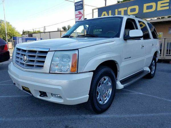 2004 *Cadillac* *Escalade* Base AWD 4dr SUV -We Finance