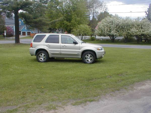 2005 Ford Escape Limited SUV AWD