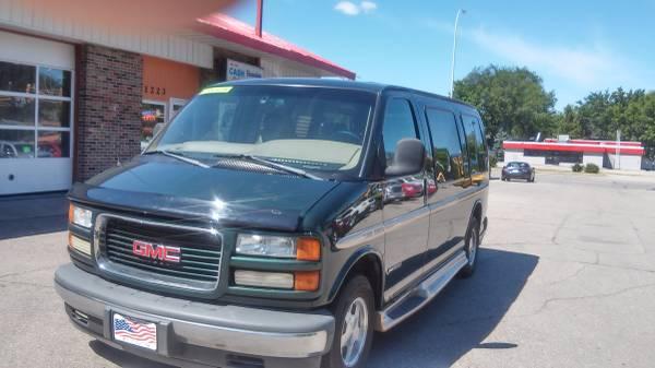 2002 GMC Savana Passenger