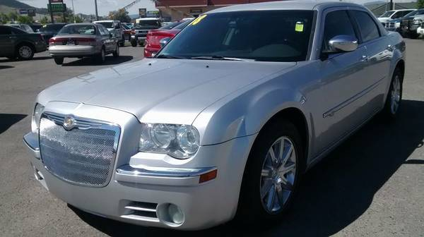 HEMI!! 2008 Chrysler 300 C LOADED!! $999Down $239/mo OAC!!