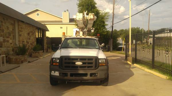 2005 Ford F550 Super Duty Truck