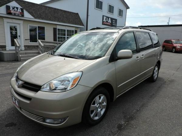 2004 Toyota Sienna XLE *One Owner* Loaded