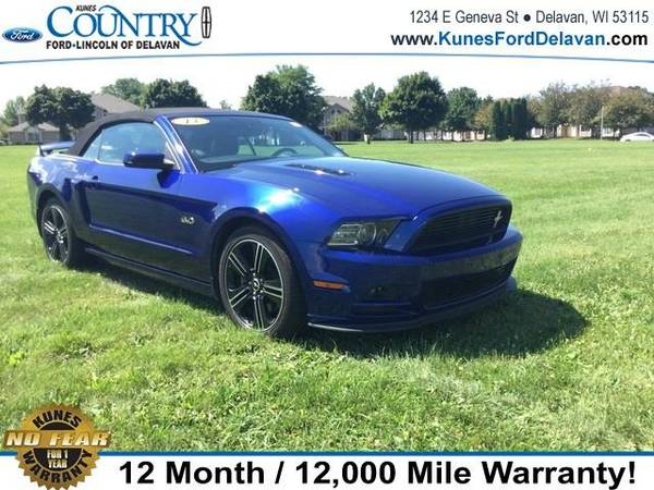 2013 *Ford Mustang* GT Premium - Blue