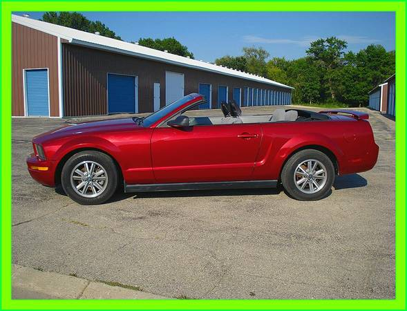 {{{2005}} Mustang Convertible, click here for more info☀