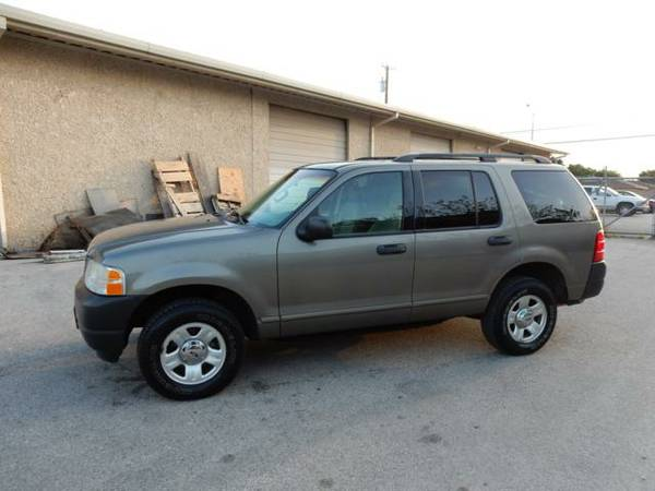 2003 Ford Explorer 1 Owner Clean CarFax Only 92K Miles Wow