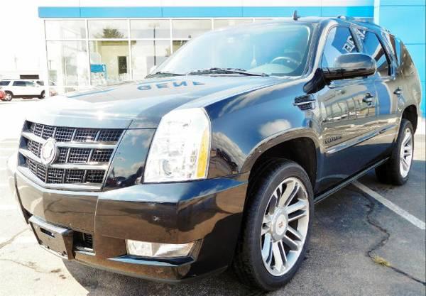 2013 Cadillac Escalade SUV Premium only 27,937 miles
