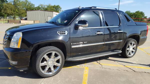 2008 CADILLAC ESCALADE EXT!!! LOADED LEATHER WITH SUNROOF!!!