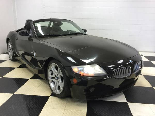 2005 BMW Z4 CONVERTIBLE 3.0L V6 ONLY 67,000 MILES! LEATHER LOADED!