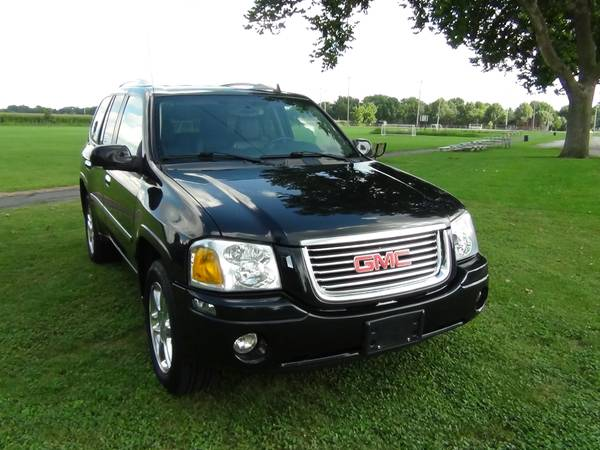 2009 GMC Envoy SLT, 4x4, Leather, Black, Nice