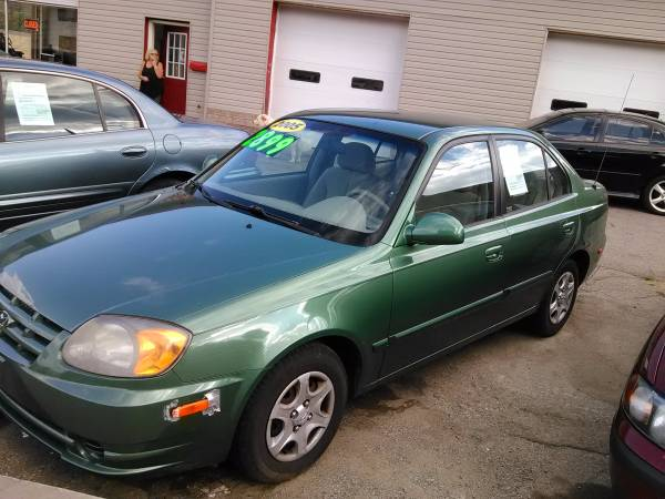 05 Hyundai Accent *5-speed* 130k * Gas Saver *PA Inspected * Runs New