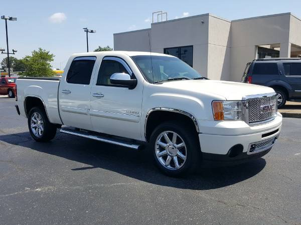 2011 GMC Sierra DENALI Crew Cab AWD White Diamond Leather Sunroof