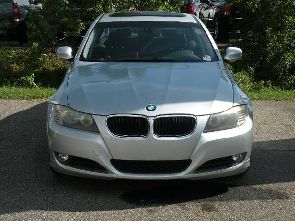 BMW 3 Series 328i 4dr Sedan 2009