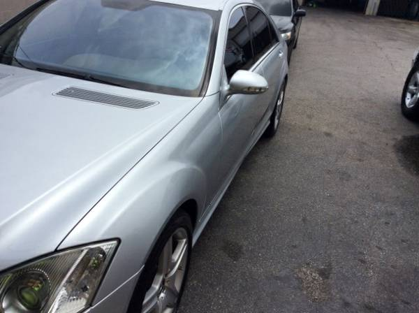 2007 Mercedes-Benz S-Class S550 AMG Silver w Gray Leather