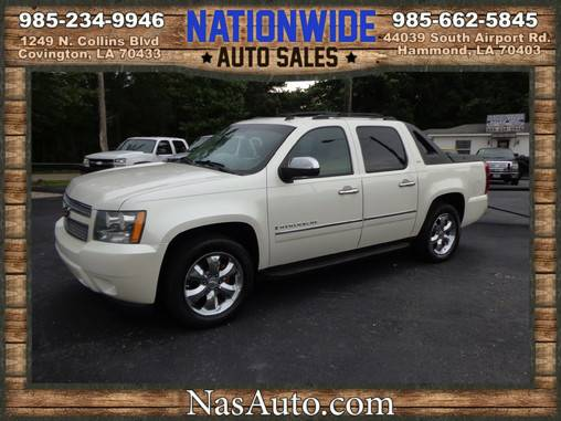 2009 CHEVY AVALANCHE LTZ ** FULLY LOADED ** PEARL WHITE ** WE FINANCE