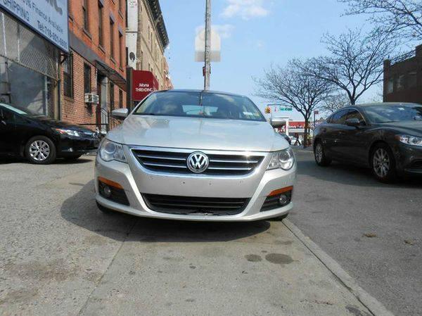 2009 *Volkswagen* *CC* VR6 Sport 4dr Sedan -Warranties ON ALL CARS!