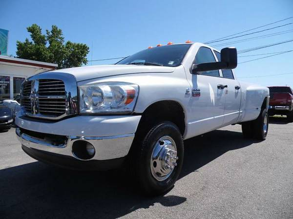 2008 DODGE RAM 3500 DUALLY 4X4 WITH ONLY 140K!!!