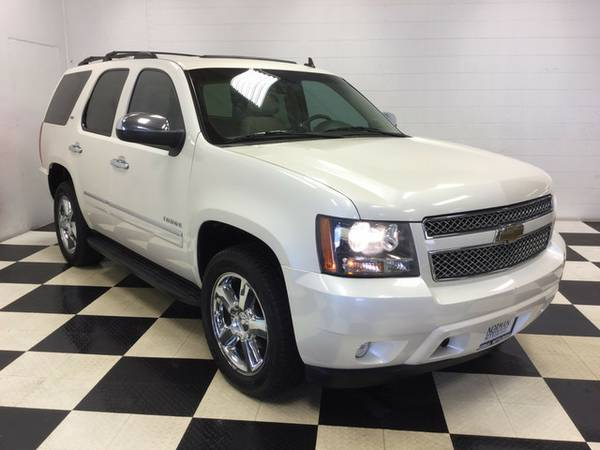 2011 Chevrolet Tahoe LTZ-LEATHER-SUNROOF-DVD-NAVIGATION-CHROME WHEELS!