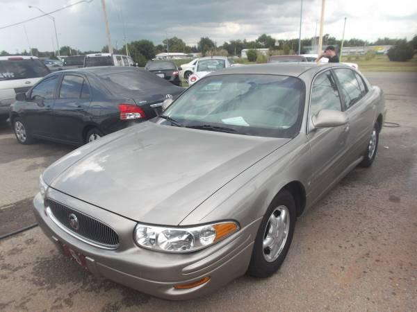 2003 Buick LeSabre . LOW MILES ! . NICE !