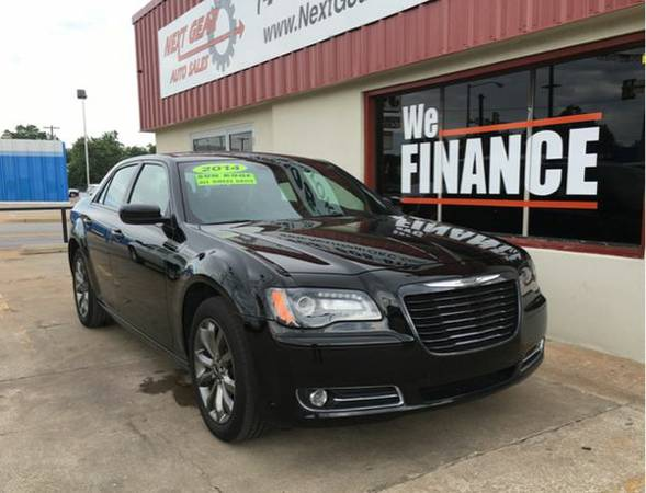 2014 *Chrysler* *300* S AWD 4dr Sedan - Call or TEXT! HABLAMOS ESPANOL