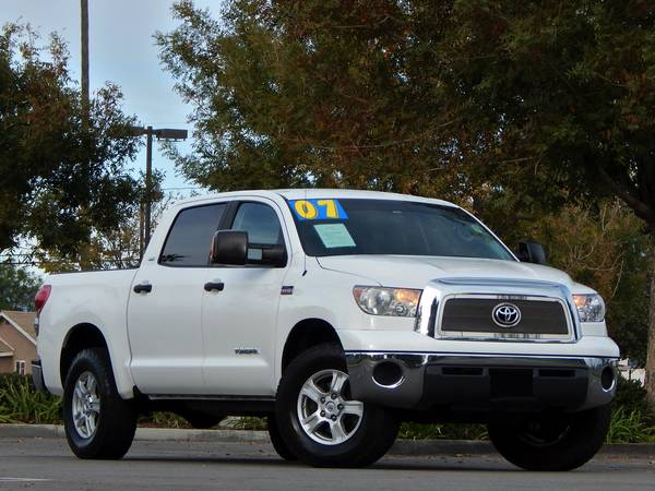 2007 Toyota Tundra CREWMAX Pickup Only 83k Miles Many Extras!!