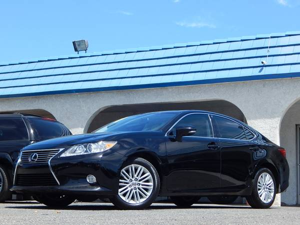 2014 Lexus ES 350 Luxury Sedan Only 55k Mi ONE OWNER Fully Loaded!!