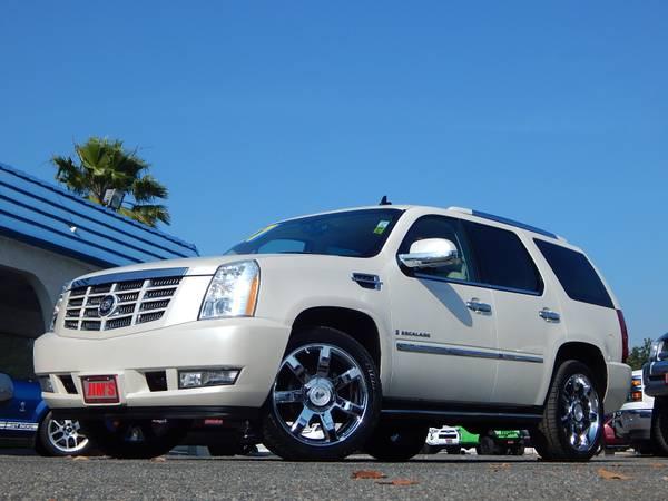 2007 Cadillac Escalade 2WD Luxury Sport Utility Fully Loaded!! Low Mi!