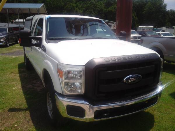 2011 Ford F250 extcab 4x4 white w/120k miles*EZfinancing*runs great!