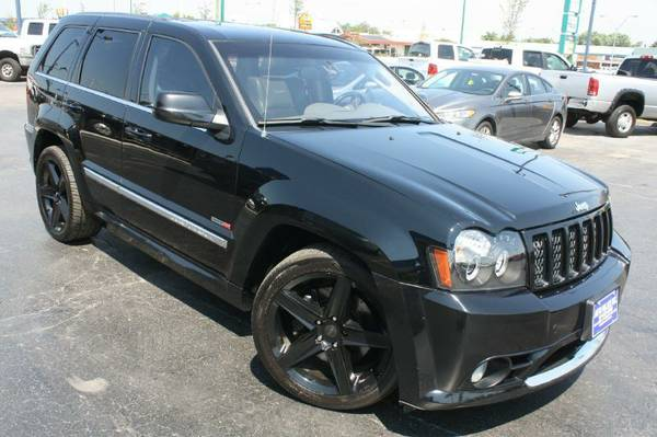 2007 Jeep Gr Cherokee-SRT-8, Loud exhaust,AWD,Brembo Brakes,Black