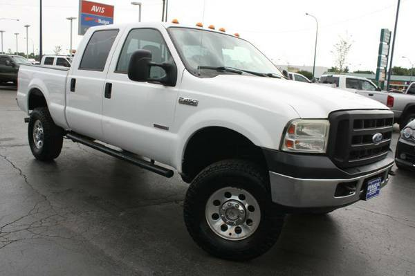 2005 FORD F250 LARIAT, DIESEL,4X4,LEATHER,CLEAN
