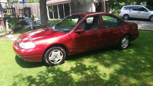Clean 1998 Ford Contour SE. 5/17 PA Inspection. 112k miles. Runs Great