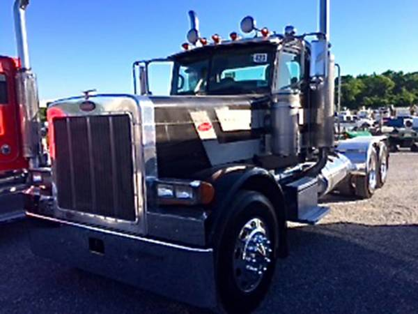 2007 PETERBILT 379EXHD FACTORY DAYCAB