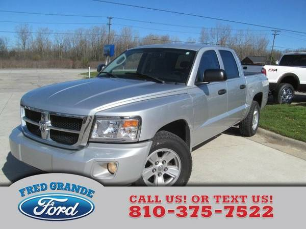2008 Dodge Dakota 4-Door SLT 4X4