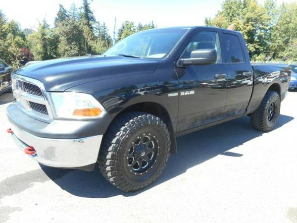 2009 *Dodge Ram* Quad Cab / 4x4 / HEMI *** SHARP*** Truck