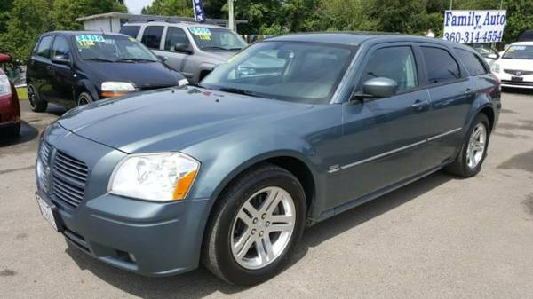 2005 *Dodge Magnum* R/T * HEMI * Clean & Sharp / Loaded / Low Miles