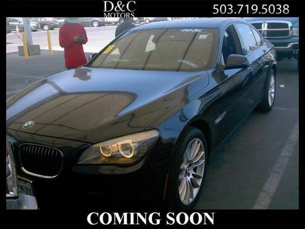 2011 *BMW* *7-Series* *740i Nav Htd/Cooled Seats Back Up Cam* Sedan