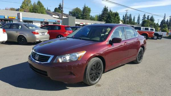 2009 *Honda Accord* / GORGEOUS / Clean w/ * LOW MILES *