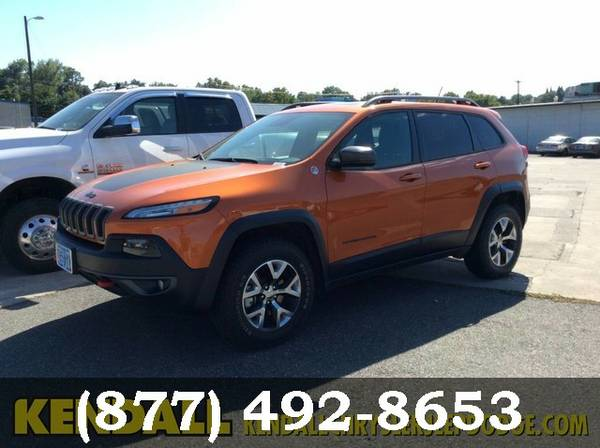 2015 Jeep Cherokee Mango Tango Pearlcoat Great Price! *CALL US*