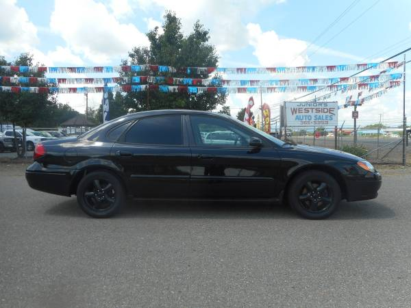 REDUCED!!!! 2OO1 FORD TAURUS SE CLEAN CAR FRESH PAINT & LOWER MILES